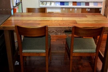 テーブル 造作 木目 きれい